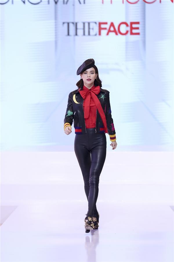 Bắt bài chiêu trò của Hà, Hương, Khuê tại The Face Vietnam