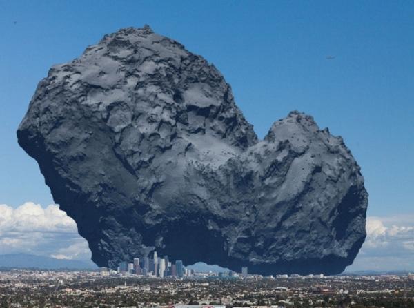 Mỗi khi nhìn lên bầu trời và bắt gặp Sao Chổi bay ngang qua, bạn nghĩ đó chỉ là 1 ngôi sao bé nhỏ thì đã lầm to, ngay cảcác tòa nhà cao tầng của thành phố Los Angeles còn bé hơn kích thướcSao Chổi gấp nhiều lần.(Ảnh Internet)