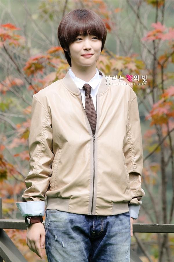 Thần tượng Kpop đã từng là diễn viên nhí