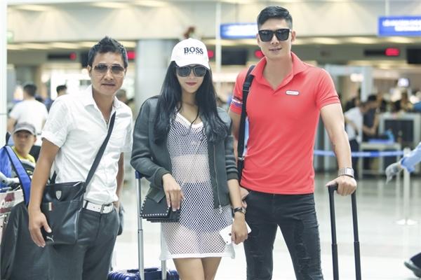 Cựu cầu thủ Hồng Sơn và diễn viên Bình Minh cũng sẽ đồng hành cùng người đẹp trong chuyến đi sang Hàn Quốc.