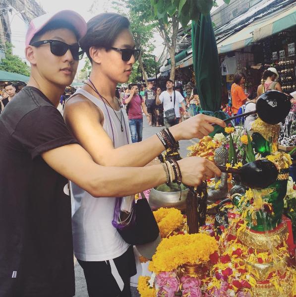 Cư dân mạng phát sốt với cặp anh em sinh đôi lai Việt - Thái