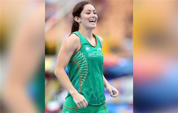 Tori Pena là nữ VĐV nhảy sào mang 2 quốc tịch Mỹ và Ireland. Pena đạt kỉ lục ở mức 4,35 mét. (Ảnh: Internet)