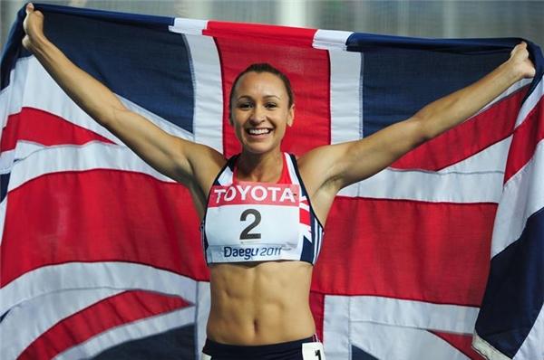 Nữ VĐV xinh đẹp Jessica Ennis sẽ đại diện đội tuyển điền kinh Anh tham dự Olympic Rio 2016. Mặc dù từng gặp chấn thương nhưng cô gái này vẫn quyết tâm lặp lại kì tích sau tấm huy chương vàng vào năm 2012. (Ảnh: Internet)