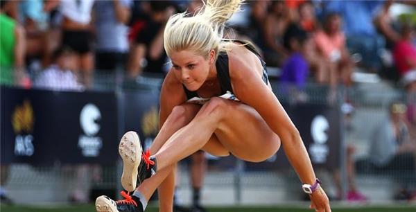 Brooke Stratton tìm thấy niềm yêu thích với môn nhảy xa và bắt đầu thi đấu lúc 5 tuổi. Với kỉ lục 6,68 mét, Brooke được dự đoán chắc chắn sẽ giành thắng lợi trong năm nay. (Ảnh: Internet)