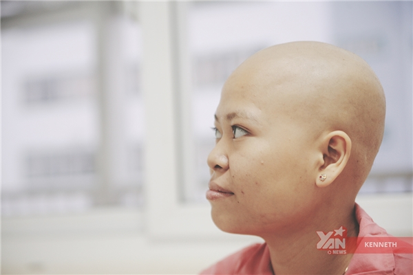 Nhìn gương mặt đầy lạc quan này, thật khó nghĩ Hằng đang là một bệnh nhân ung thư.