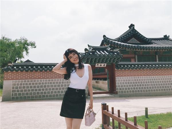 """""""Tôi để ý thì thấy người Hàn rất điệu và thích làm đẹp."""" – Sĩ Thanh chia sẻ cảm nhận đầu tiên về con người Hàn Quốc"""