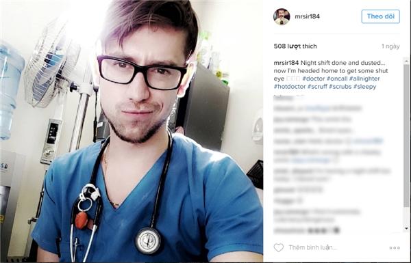 Bác sĩMorne đang làm việc ở Nam Phi. (Ảnh: Internet)