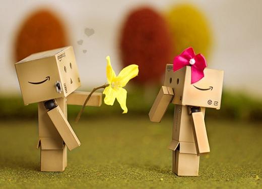 Bạn thích người khác chủ động tỏ tình với mình hơn. (Ảnh: Internet)
