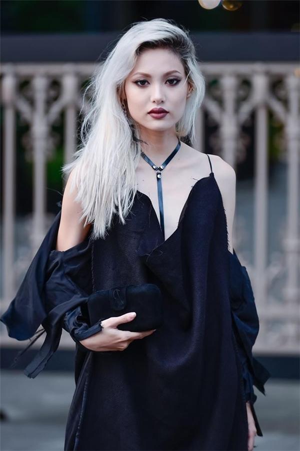 Trước khi tham gia Next Top Model, La Thanh Thanh từng xuất hiện trong nhiều bộ ảnh lookbook và một vài MV của các nam ca sĩ V-biz. Với kinh nghiệm từng trải, La Thanh Thanh chắc chắn sẽ trở thành đối thủ đáng gờm nhất trong ngôi nhà chung năm nay.