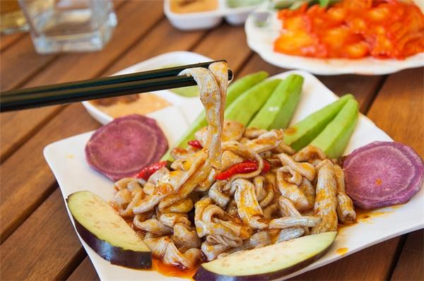 """Ẩm thực Nha Trang - Sá Sùng đặc sản độc đáo vùng biển Nha Trang chỉ dành cho """"đại gia"""""""