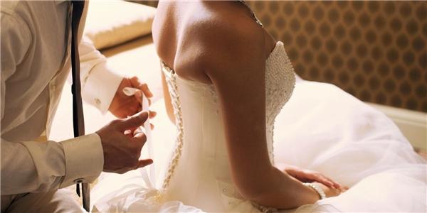 """#20 Đi đám cưới và trong đầu chỉ có một suy nghĩ duy nhất: """"Đêm nay họ sẽ 'làm chuyện ấy'!"""". (Ảnh: Internet)"""