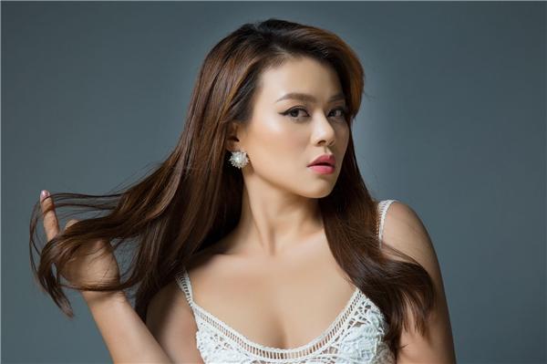 """Mạo hiểm chọn hit của Phương Thanh, Hải Yến Idol """"tái xuất"""" showbiz"""