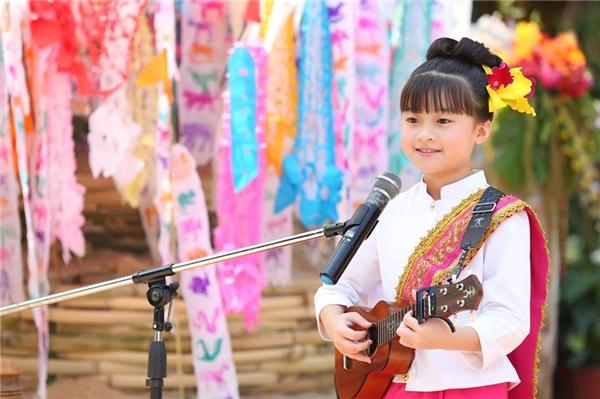 Gailthường xuyên xuất hiện cùng cây đàn ukulele hoặc guitar. (Ảnh: Internet)