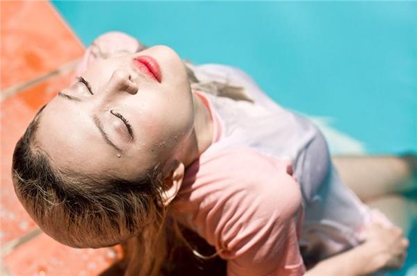 Xuất hiện gợi cảm trong nhiều MV của các ca sĩ nổi tiếng. (Ảnh: Ba Thanh Nguyen)