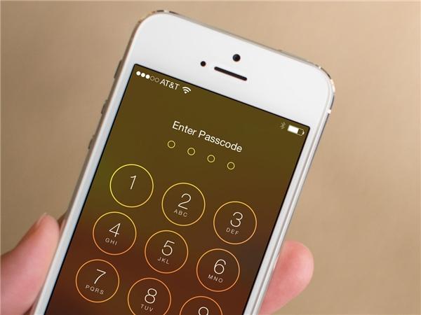 Bạn có thể tự mở mật khẩu iPhone mà không cần ra tiệm. (Ảnh: Internet)