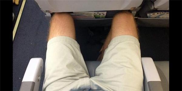 """Mỗi chuyến bay thì luôn """"bão táp"""" như thế này.(Ảnh: Internet)"""