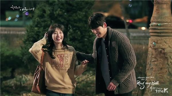 Mặc phim chưa lên sóng, Kim Woo Bin tiếp tục tình tứ bên Suzy
