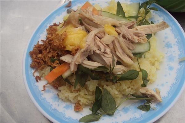 Ẩm thực Nha Trang - Cơm gà sốt bơ trứng ăn một lần là mê luôn