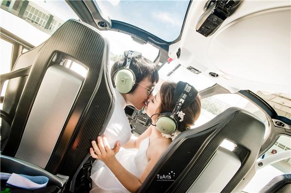 Cặp đôi cùng toàn bộ ê kíp chỉ phải chi trả 3 triệu đồng cho loạt ảnh chụp cùng phi cơnày.(Ảnh: TuArts)