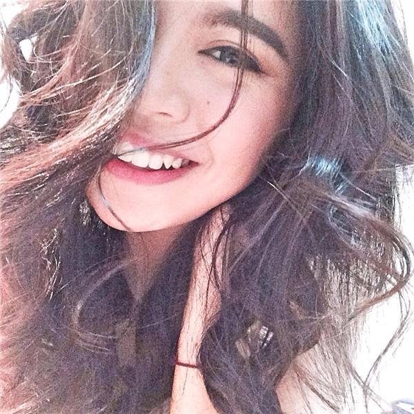 Lalita chia sẻ mọi người nhận xét bạn ấy giống con gái Thái Lan nhiều hơn Việt Nam vì đôi mắt to và chân mày rậm.