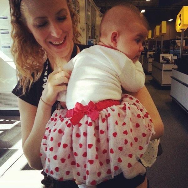 Đính nơ sau lưng mới đúng là con gái bố!