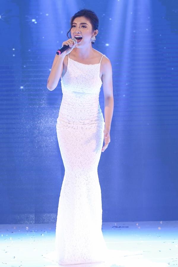 Trong sự kiện, Tiêu Châu Như Quỳnh trình diễn Nếu có yêu tôi và Cảm ơn tình yêu trên nền nhạc mới hoàn toàn.Sắp tới, côsẽ ra mắt ca khúc mới toanh của Đào Bá Lộc mang tên Chia tay.