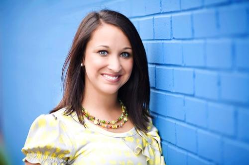 Cô gái Claire Culwell sống sót sau phá thai hiện tại đã 28 tuổi.