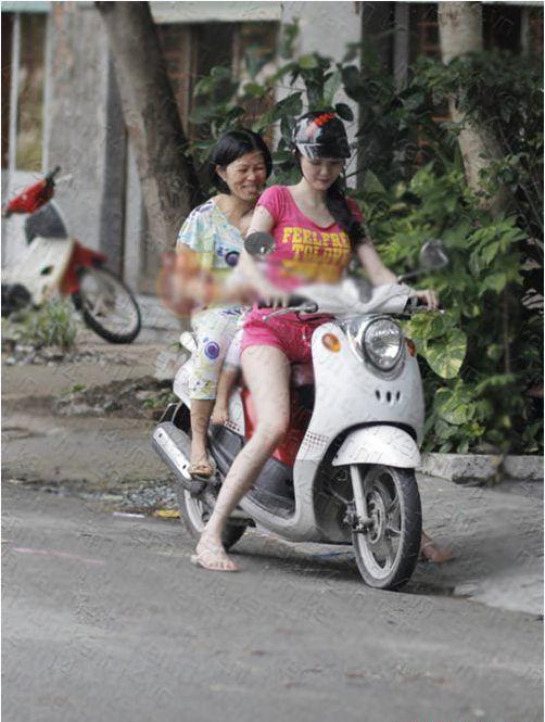 Có thể thấy, Ngọc Trinh là một trong số ít những sao Việt vẫn giữ được nétchân quê khi đã nổi tiếng. - Tin sao Viet - Tin tuc sao Viet - Scandal sao Viet - Tin tuc cua Sao - Tin cua Sao