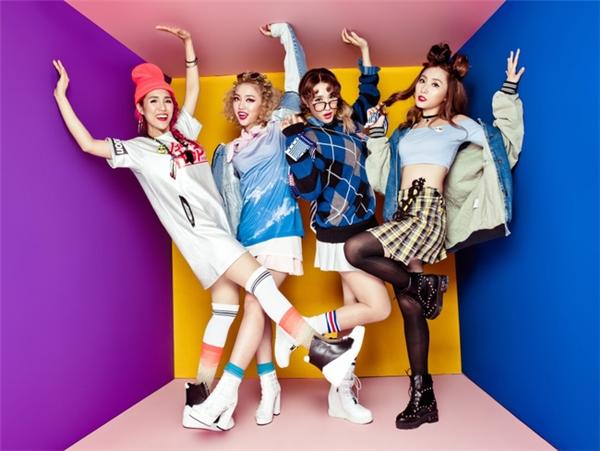 Sau gần một năm được đào tạo về thanh nhạc, vũ đạo và phong cách trình diễn, tháng 5/2016, Lip B chính thức được ra mắt trước công chúng với sản phẩm đầu tay là single Love You Want Youkèm theo 1 MV debut khá ấn tượng, tạo được hiệu ứng tích cực với khán giả trẻ.