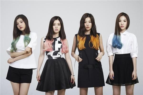 Red Velvet, Lip B và 4 điểm trùng khớp ngẫu nhiên khiến fan thích thú