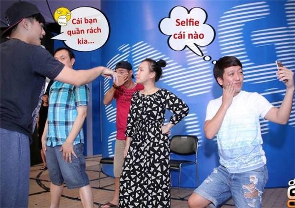 """Không những thế, bạn trai Nhã Phương còn là """"fan cuồng"""" selfie bất chấp không gian và thời gian. - Tin sao Viet - Tin tuc sao Viet - Scandal sao Viet - Tin tuc cua Sao - Tin cua Sao"""