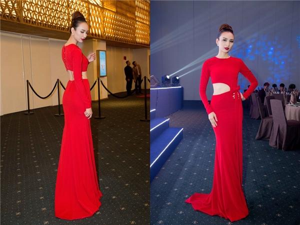 Hoa hậu Ngọc Diễm không hề kém cạnh các đàn em khi diện bộ váy dài màu đỏ rực có phần eo cut out hiện đại. Hiện tại, Ngọc Diễm đang phát triển công việc với vai trò một MC chuyên nghiệp.