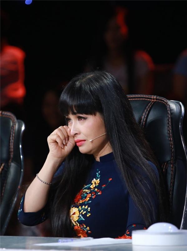 Điều đáng tiếc nhất trong đêm thi chính là việc đội Hành Ca của nữ ca sĩTrang Nhung đã đánh mất phong độ khi từ vị trí đầu bảng tuột xuống vị trí cuối bảng.
