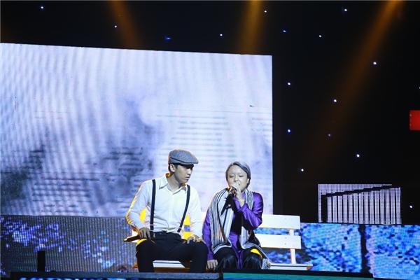 Trong đó, Lê Dương Bảo Lâm và Lâm Ngọc Hoa hóa thân thành hai nhân vật chính của câu chuyện, Tronie và Thái Trinh là người dẫn truyện. Chàng vũ công nặng kíThế Bảo là người em, giúp hai nhân vật chính kết nối thông tin về nhau.