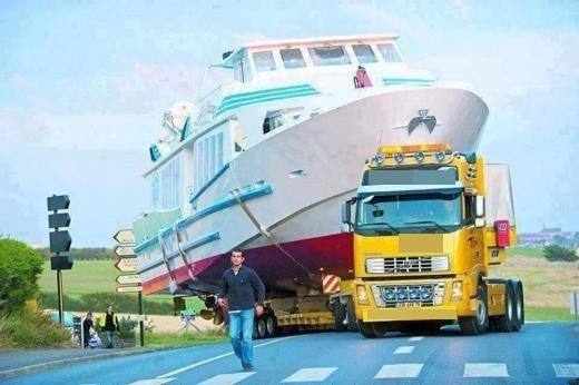 Chóng mặt với những mặt hàng khủng mà xe tải có thể chở được