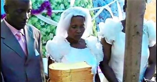 Có thể họ quá nghèo để có tiền mua một chiếc bánh cưới lộng lẫy, nhưng chắc chắn tình cảm của cả hai hoà hợp như bánh mỳ và bơ.