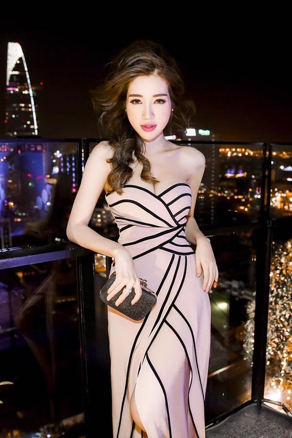 Loạt sao nữ Châu Á sở hữu thân hình mảnh mai nhưng lại có vòng 1 đẫy đà