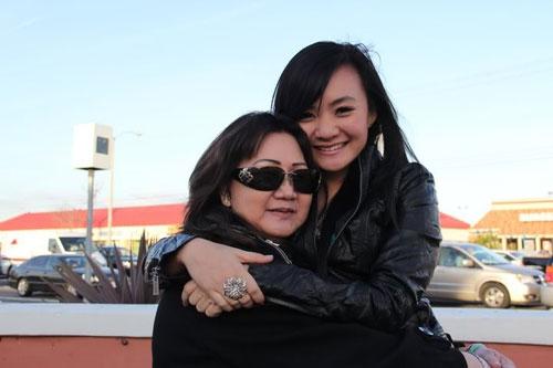 Cô tốt nghiệp trung học phổ thông loại xuất sắc tại Mỹ.Trước đó, trong những năm tháng tiểu học tại Việt Nam, Xuân Mai luôn nằm ở top đầu của lớp và đạt học sinh giỏi.