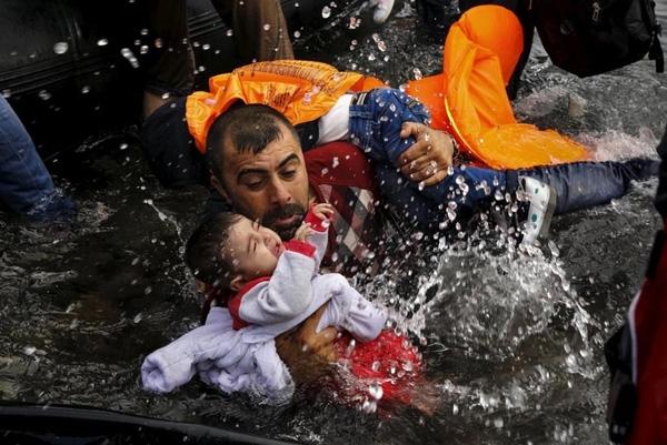 Khủng hoảng di cư khiến châu Âu khốn đốn.