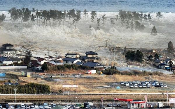 Thảm họa kép ở Nhật Bản.