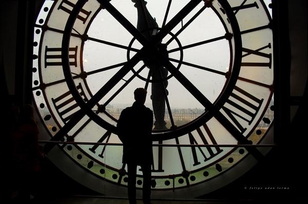 8. Câu hỏi rùng rợn: Vào lúc nào thì đồng hồ gõ... 13 tiếng?(Ảnh Internet)