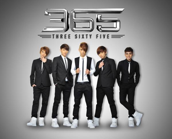 Mặc dù chỉ mới chính thức ra mắt chưa được 1 năm nhưng nhóm 365 hiện đã được đánh giá là một boyband triển vọng của showbiz Việt. - Tin sao Viet - Tin tuc sao Viet - Scandal sao Viet - Tin tuc cua Sao - Tin cua Sao