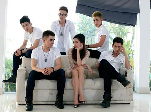 Lần đầu tiên 5 chàng traiđược phép đóng chung với một nữ diễn viên - Tin sao Viet - Tin tuc sao Viet - Scandal sao Viet - Tin tuc cua Sao - Tin cua Sao