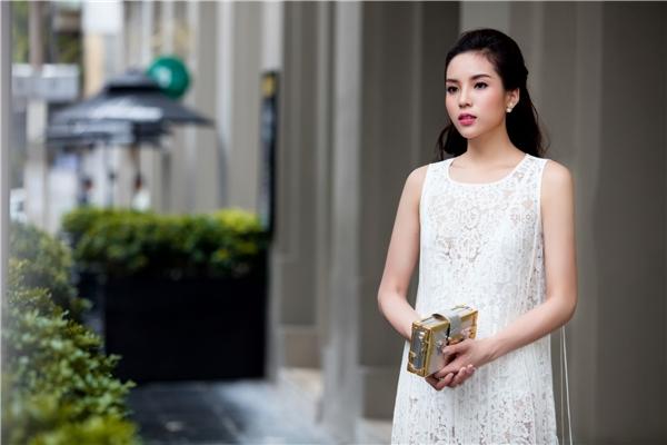 Thời gian qua, Kỳ Duyên liên tục lọt top các mỹ nhân Việt nổi bật nhờ gu thời trang ấn tượng. Hình ảnh của cô dần thay đổi theo chiều hướng sang trọng, tinh tế so với thời gian đầu sau khi đăng quang.