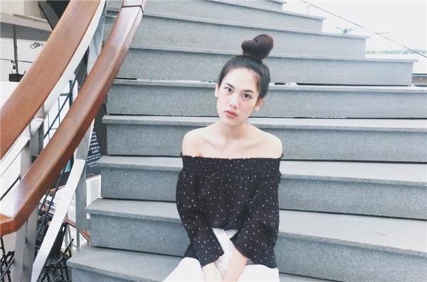 Cô thường xuyên chia sẻ những kinh nghiệm giảm câncủa mình cho cộng đồng mạng.
