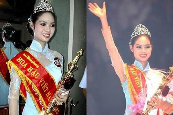 2 năm sau, Mai Phương nối gót đàn chị trở thành Hoa hậu Việt Nam thứ tám. Trong đêm chung kết, Mai Phương cũng diện áo dài nhưng với sắc xanh biển ngọt ngào.