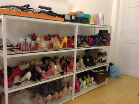 Ngọc Trinh sở hữu khoảng 100 đôi giày đủ các kiểu dáng, cao gót, boots, sandal, giày thể thao, slip-on... - Tin sao Viet - Tin tuc sao Viet - Scandal sao Viet - Tin tuc cua Sao - Tin cua Sao