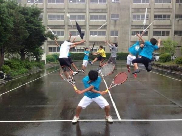 Cao thủ quần vợt?!