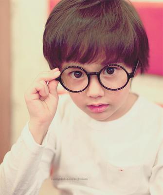 Ngất ngây với hoàng tử Baby Nichkhun của Hàn Quốc