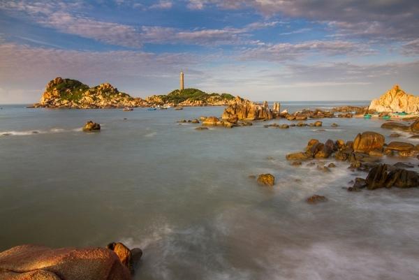 Du lịch Phan Thiết - Cận cảnh ngọn hải đăng cổ nhất Đông Nam Á hiện diện ngay tại Việt Nam